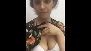 Sexy Indian gf showing juicy tits