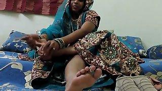 gujarati bhabhi foot fetish