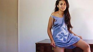 Indian Babe Roshnie In Blue Skirt Masturbating