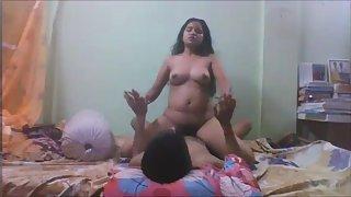 Roshnie Hot Indian GF Erotic Fuck