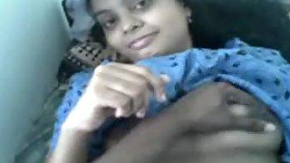 Desi Indian girl enjoying with his boyfriend